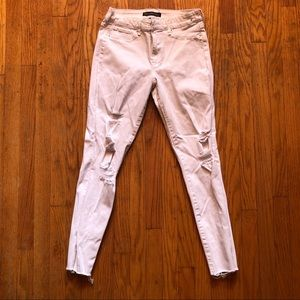Abercrombie&Fitch white distressed jeans